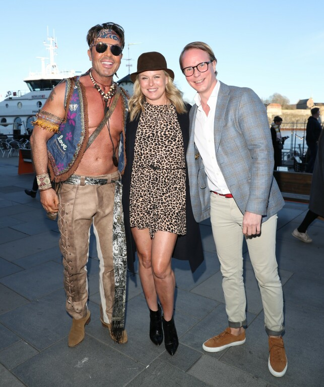 TRIO: Jan Thomas, Vendela Kirsebom and Petter Pilgaard who came together on the red carpet. Photo: Andreas Fadum