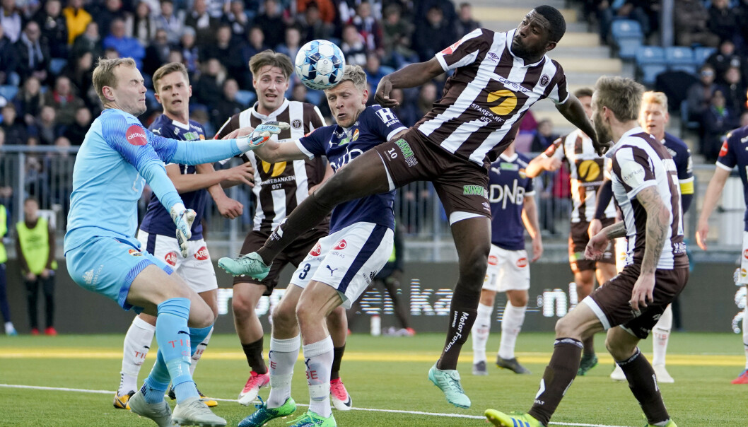Olivier Occéan scoret det avgjørende målet da Mjøndalen slo Strømsgodset 3-2 i nabooppgjøret i Eliteserien fredag. Foto: Fredrik Hagen / NTB scanpix