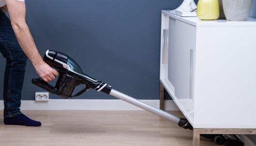TEST: Billig trådløs støvsuger gjør jobben