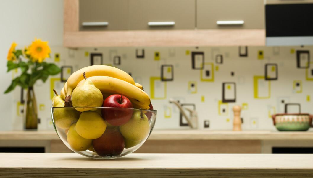 <strong>RIK PÅ SUKKER:</strong> Det mange ikke vet er at druer og banan er rene sukkerbomber som heller bør spises som dessert, mener professor. Foto: Shutterstock