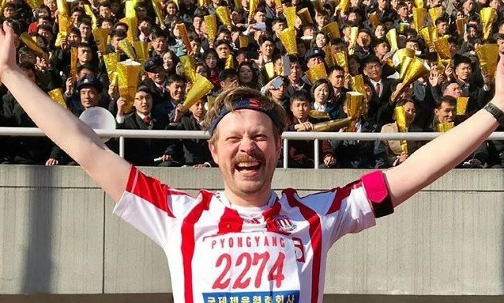 <strong>STORFORNØYD:</strong> Einar Tørnquist har nylig fullført halvmaraton i Nord-Korea. Til Se og Hør forteller han om løpet. Foto: Privat