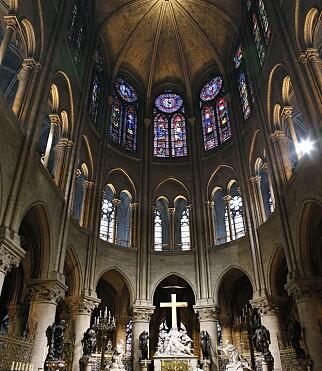 STORSLAGENT: Arkivbildet viser det sentrale alteret i Notre-Dame .fto: Patrick Kovarik / AFP / NTB Scanpix