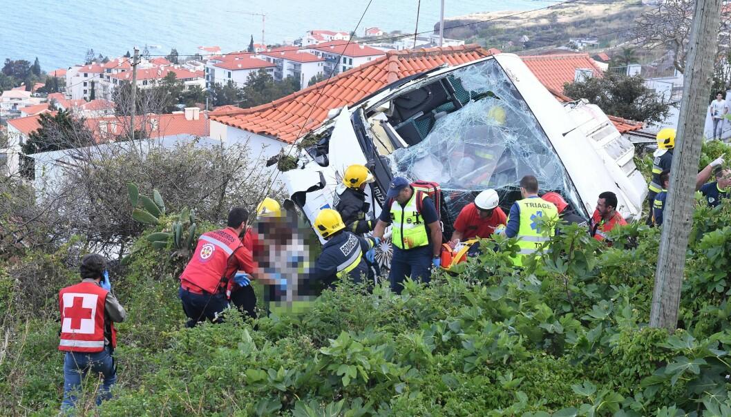 MANGE SKADDE: Minst 22 personer er fraktet til sykehus etter ulykken. Foto: Rui Silva / Aspres / Global Images / Sipa USA / NTB Scanpix