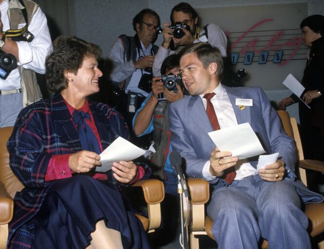TETT SAMARBEID: Her er Gro Harlem Brundtland og Kjell Magne Bondevik fotografert under Stortingsvalget i 1985. Da var hun partileder i Arbeiderpartiet og han var partileder i Kristelig Folkeparti. FOTO: NTB Scanpix