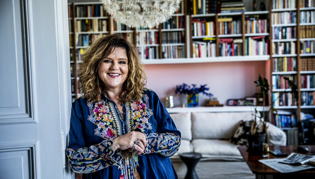 <strong>HJEMMEKONTOR:</strong> Signy Fardal har byttet ut redaksjonslokalene til Elle med hjemmekontor i sitt hjem på Frogner i Oslo. Foto: Christian Roth Christensen / Dagbladet
