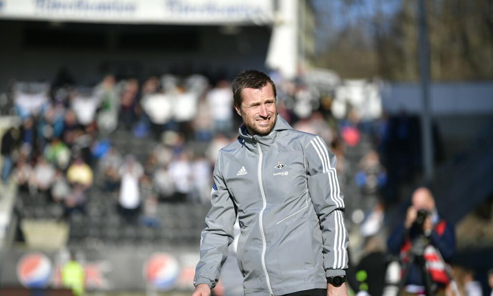SKUFFENDE: Rosenborgs trener Eirik Horneland måtte innse at hans lag igjen gjorde en skuffende prestasjon. Foto: Ole Martin Wold / NTB scanpix