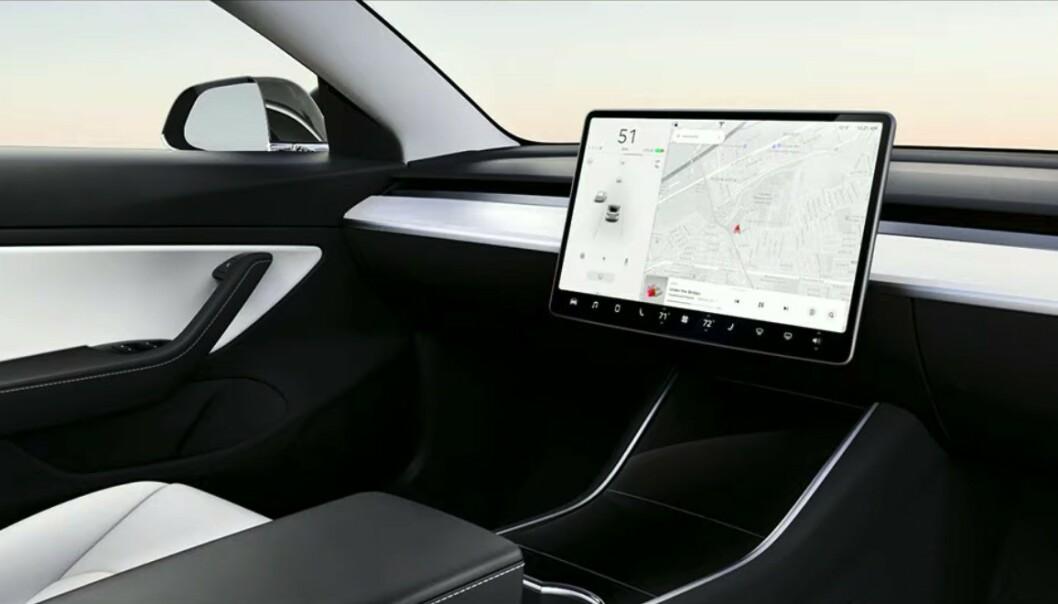 <strong>FREMTIDEN:</strong> Tesla skal kunne kaste rattet om allerede to år, mener Elon Musk. Foto: Tesla