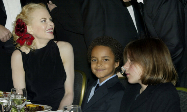 BABIES ADOTIVES: There are few photos of Nicole Kidman and the children Isabella and Conner. Here they are together at a dinner party in Los Angeles in 2003. Photo: NTB Scanpix