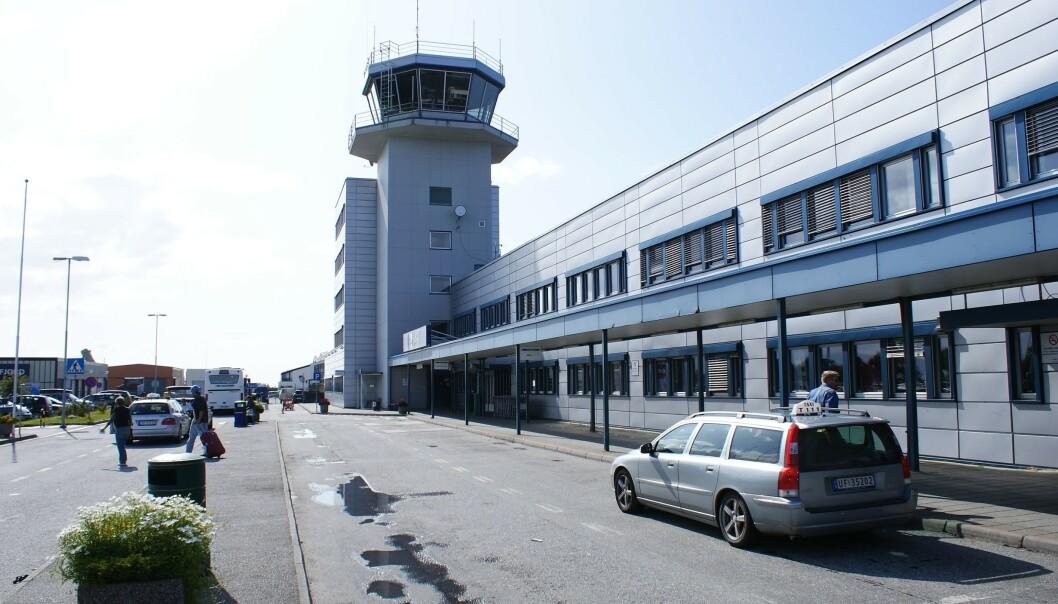 KASTET AV FLY: En mann på vei til Polen ble onsdag kastet av et fly på Ålesund lufthavn fordi han var for full. Torsdag forsøkte han seg igjen - uten hell. Foto: Wikimedia Commons