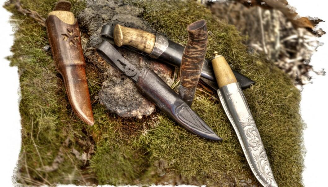 <strong>PRIVAT SAMLING:</strong> Alle tolleknivene er i forskjellige størrelser og utforming, med slire i sølv, ben eller lær. Kniver er vel den gjenstanden flest samler på. For her kombineres nytteverdi med familiehistorie, regionale skikker og god design. Foto: Jan Larsen