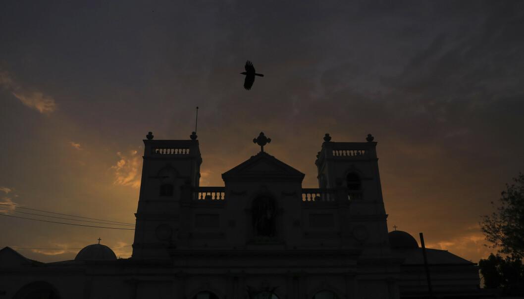 St. Anthony-kirken i Colombo var blant de seks målene for terrorangrepet sist søndag. Fredag ble det meldt om skyting ved det som antas å være en bombefabrikk i byen Batticaloa på østkysten av Sri Lanka. (Foto: Manish Swarup / AP / NTB scanpix).