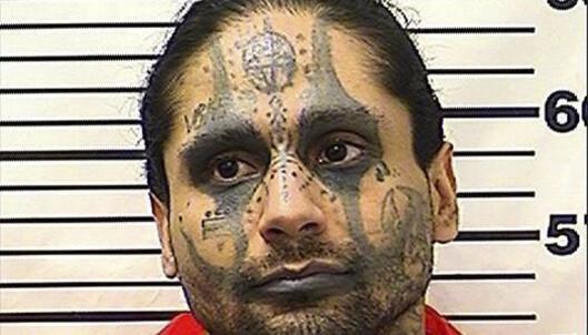Drapsdømt tiltalt for å ha torturert og halshogget medfange i USA