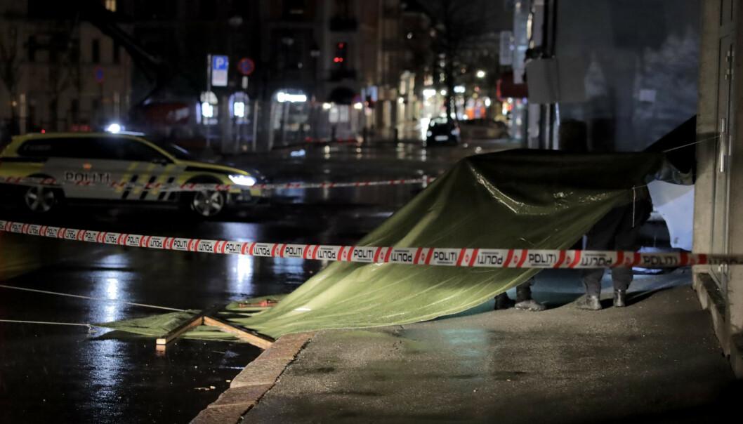 En mann i 60-årene ble natt til søndag funnet bevisstløs i Drammen sentrum med skader på kroppen. Hendelsesforløpet er foreløpig ukjent. Foto: Ørn E. Borgen / NTB scanpix