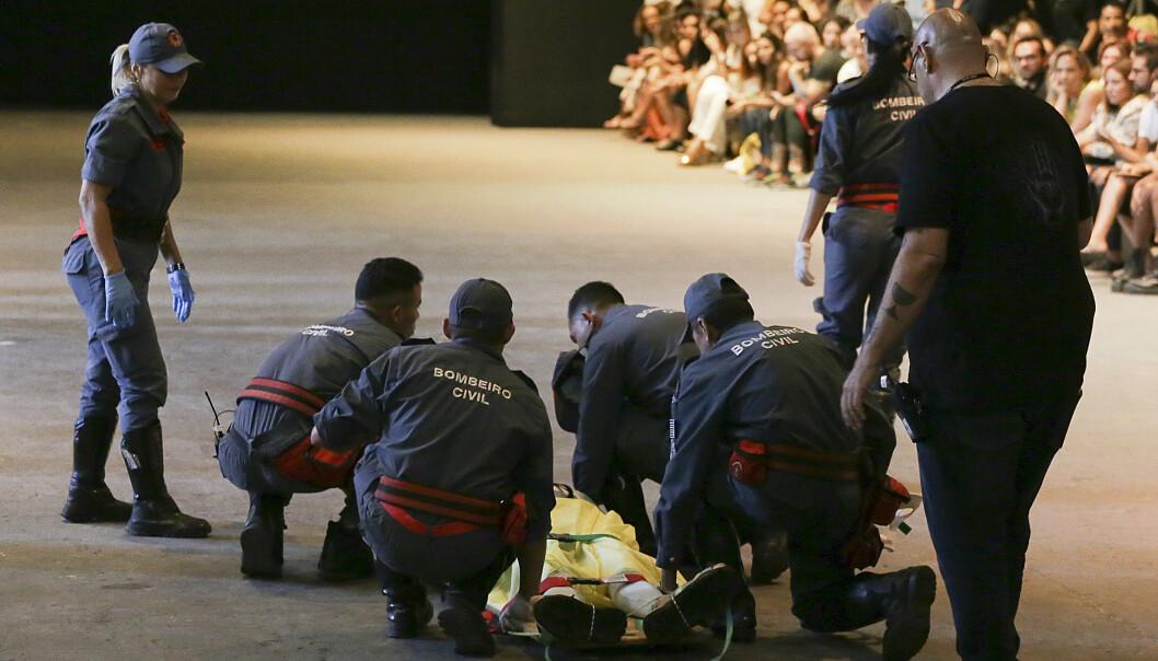 DØDE: Ifølge brasilianske medier skal modellen Tales Soares ha snublet i egne skolisser, falt og dødd av skadene. Foto: NTB Scanpix / AP