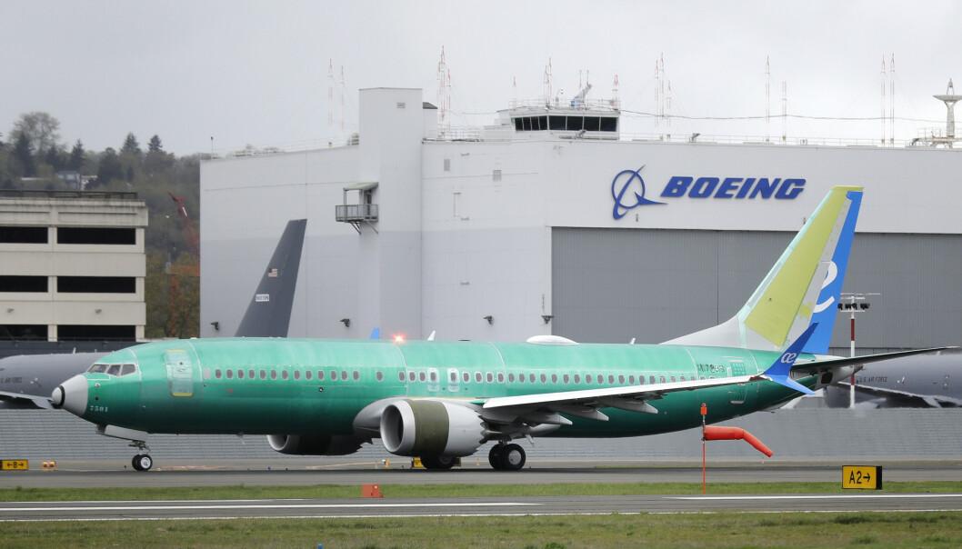 Et 737 MAX 8-fly står på testbanen til Boeing i Seattle i USA. (Foto: AP / NTB scanpix).