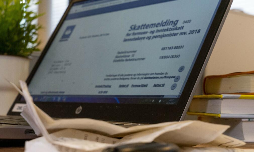 SJEKK TALLENE: Selv om skattemelding kan virke komplisert, kan du komme langt med å sammneligne tallene med de i årsoppgavene og dobbeltsjekke at alle fradrag er kommet med. Foto: Per Ervland