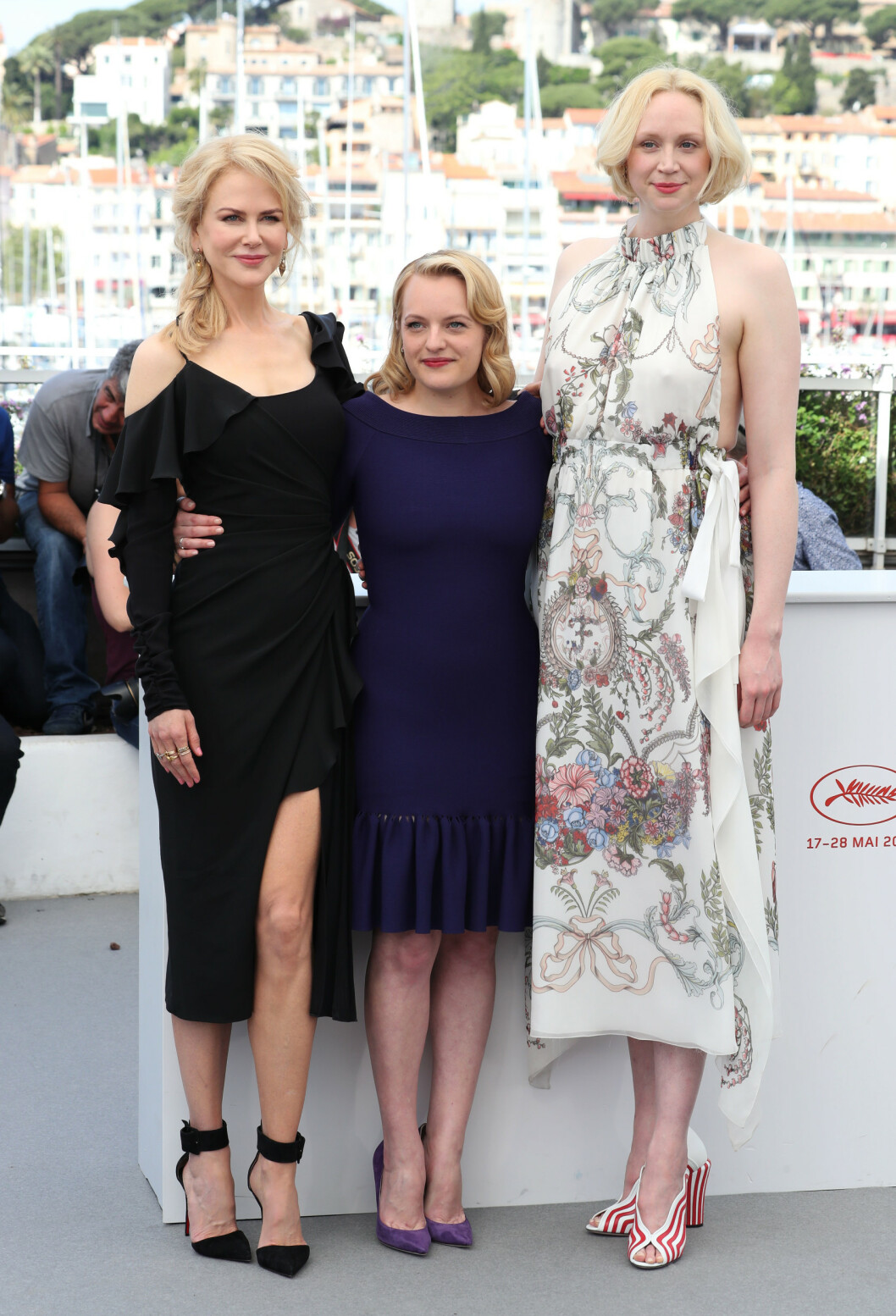 I GODT SELSKAP: Gwendoline Christie med 'Top of the Lake: China Girl'-kollegene Nicole Kidman og Elisabeth Moss under filmfestivalen i Cannes i mai 2017. FOTO: NTB Scanpix