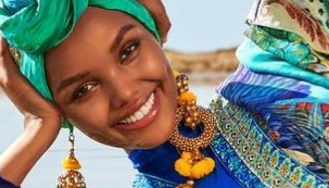 Her blir Halima (21) historisk