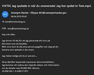 Tom ble truet av en anonym hacker like før påskekrimmen skulle starte. Litt av kraften til nettsider som faktisk ligger på nettet er at alle kan besøke dem, inkludert Google og andre søkeroboter. 📸: Jørgen Jacobsen