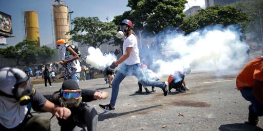 image: «Løgner», kaos og vold. Dette har skjedd i Venezuela