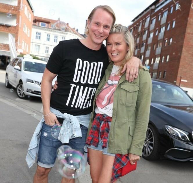 FORELSKET: Petter Pilgaard og Vendela Kirsebom er fortsatt stormende forelsket og gleder seg til å bli samboere. Foto: Andreas Fadum / Se og Hør