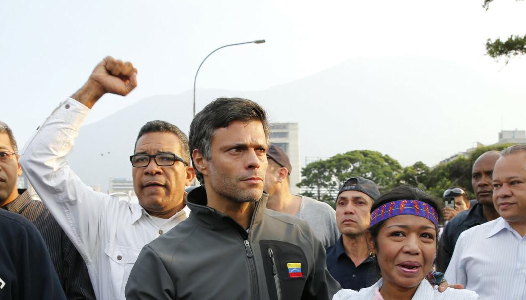 Venezuelansk domstol med arrestordre mot opposisjonspolitiker