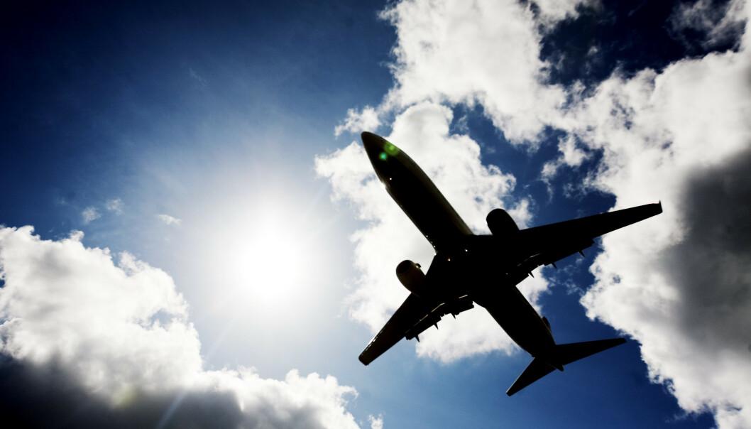 Flyanalytiker Hans-Jørgen Elnæs tror SAS vil senke prisene, og at Norwegian vil følge etter. (Foto: Kyrre Lien / NTB scanpix).