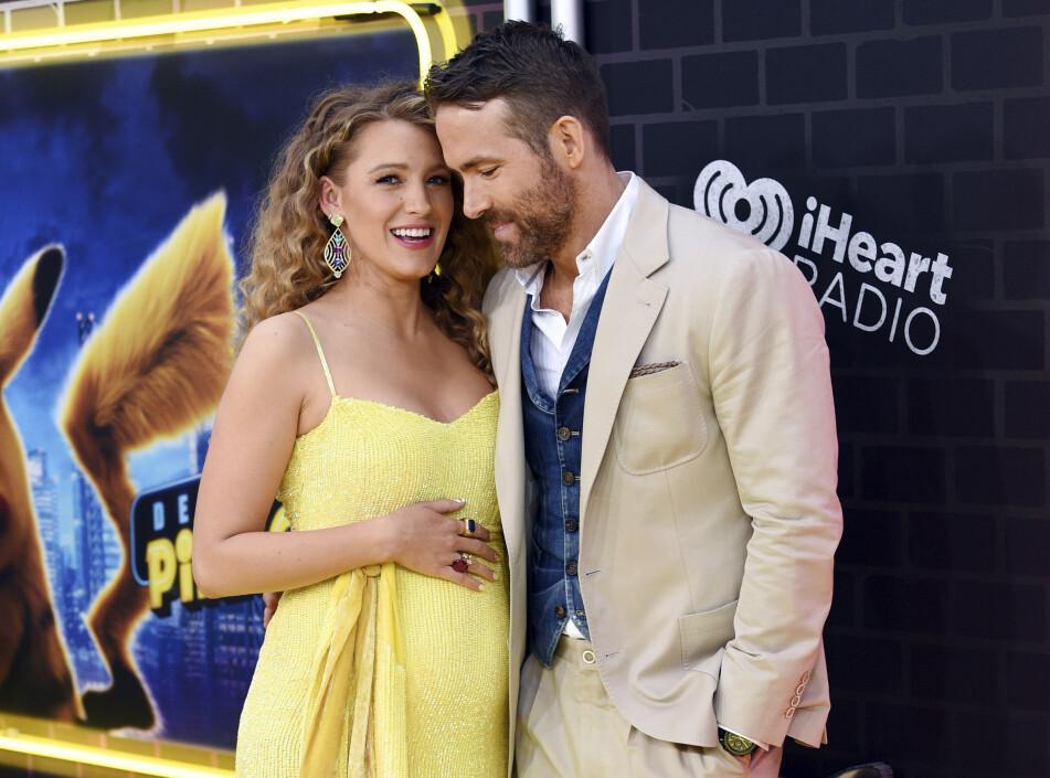 VENTER BARN: Skuespillerne Blake Lively og Ryan Reynolds avslørte at de venter sitt tredje barn på filmpremiere i New York. Foto: Scanpix