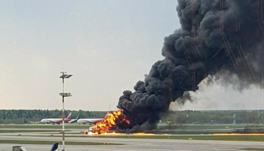 Brann i passasjerfly i Moskva