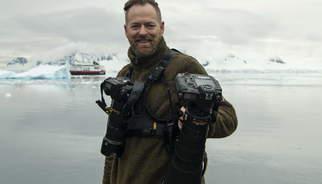 <strong>NATURFOTOGRAF:</strong> Roger Brendhagen har jobbet som naturfotograf i 20 år, og sier at mye har forandret seg i naturen på den tida. Foto: Privat