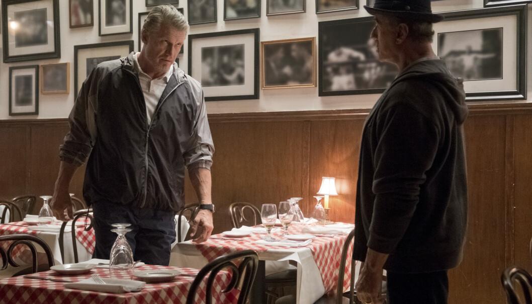 GJENFORENT: Dolph Lundgren og Sylvester Stallone sammen i filmen «Creed II» som bygger videre på Rocky-universet. - FOTO: NTBScanpix.