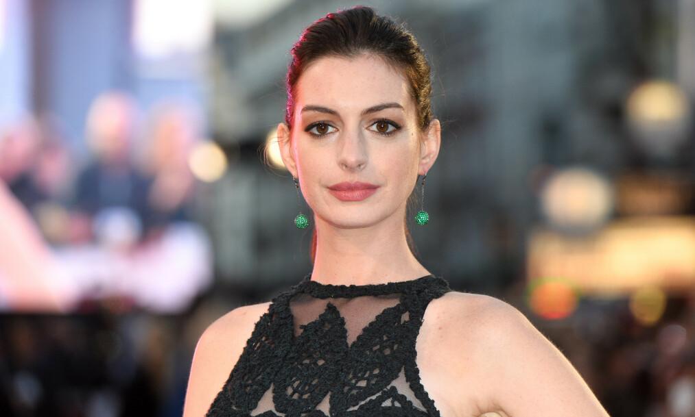 STOR STJERNE: Anne Hathaway er en av Hollywoods største stjerner, men til tross for all rosen hun mottar i det daglige, er det fortsatt dager hvor hun sliter med dårlig selvtillit. Foto: NTB scanpix