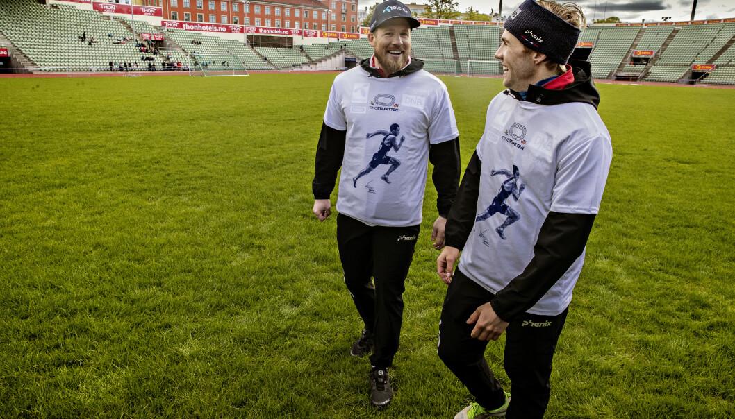 LAGKMAERATER: Kjetil Jansrud og Aleksander Aamodt Kilde sammen under Tinestafetten på Bislett stadion. Foto: Bjørn Langsem / Dagbladet