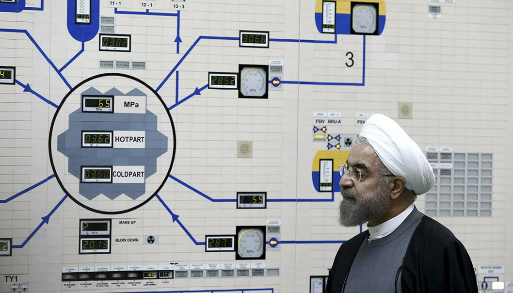 Irans president Hassan Rouhani under et besøk i atomkraftverket Bushehr i 2015. Foto: Mohammad Berno / AP / NTB scanpix