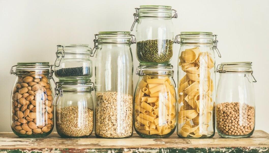 TØRRVARER: De fleste tørrvarer kan du spise lenge etter holdbarhetsdatoen. FOTO: Shutterstock