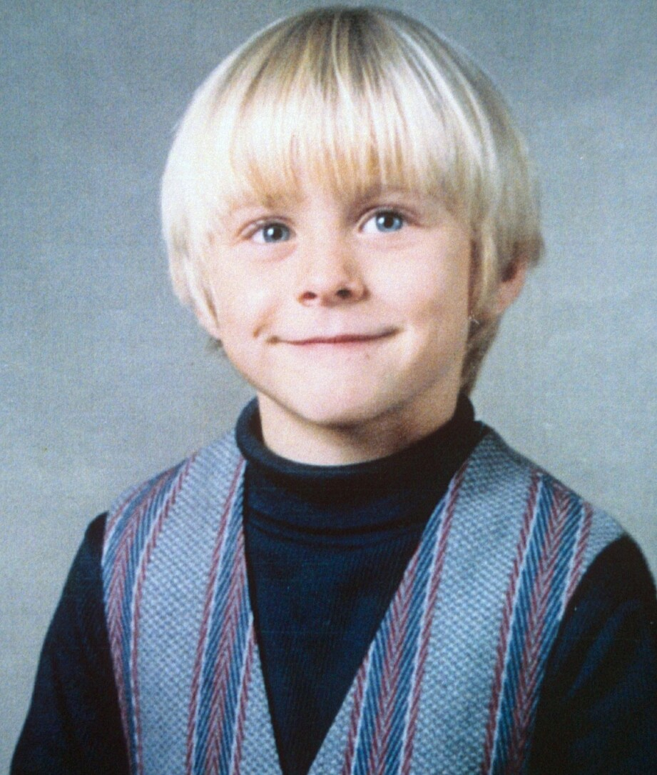 SKJØNN LITEN GUTT: Kurt Cobain likte å tegne og lese som barn. Selv beskrev han barndommen sin som fantastisk - frem til han var ni år. FOTO: NTB Scanpix