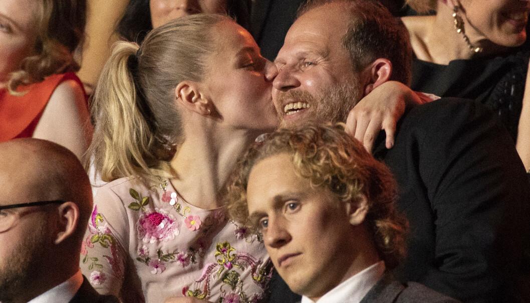 <strong>HUSHYGGE:</strong> Truls Svendsen og Charlotte Smith blir straks foreldre - i et nytt hus. Foto: Espen Solli