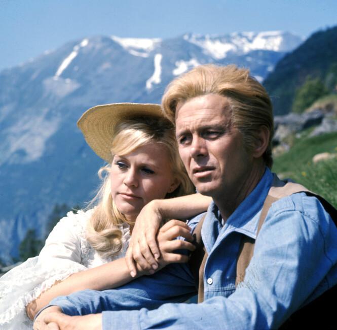 STJERNE: Christina Schollin her avbildet sammen med Toralv Maurstad i filmen «Song of Norway» fra 1970. Hun debuterte som skuespiller i 1956 og har vært å se i en rekke filmer og tv-serier. Foto: NTB scanpix