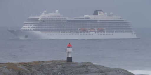 image: Krever 100 000 kroner til hver passasjer etter cruisehavari