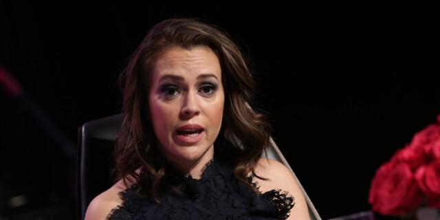 58d83405 REAGERER: Skuespiller Alyssa Milano er mildt sagt ikke fornøyd med den  såkalte hjerteslag-loven