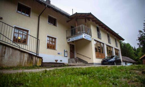 image: Tre funnet døde med piler i kroppen på tysk hotell