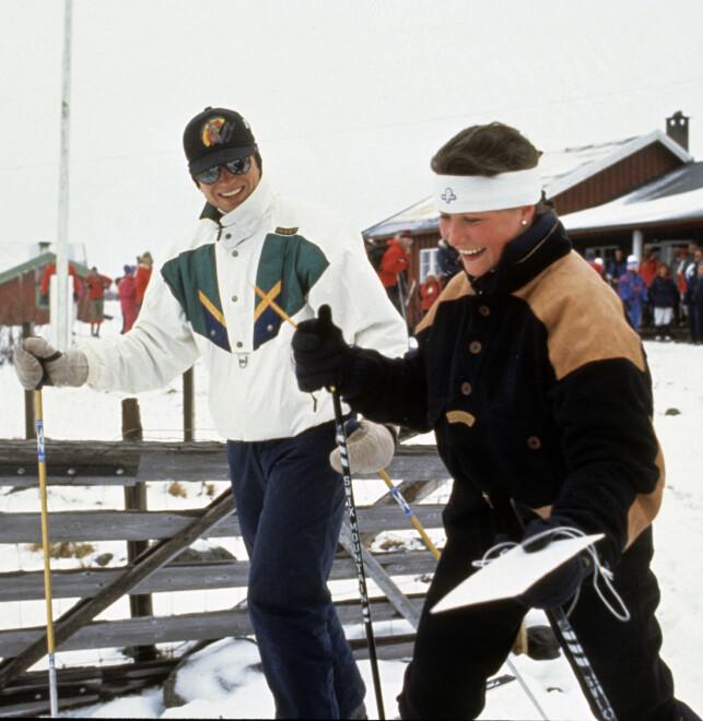 FØRSTE KJÆRESTE: Märtha Louise ble sammen med Thomas Salvesen i 1989. Her er de fotografert i 1990, på påskeferie i Skikkilsdalen. Omtrent et år etter ble det kjent at de to hadde gått hver til sitt. Foto: Odd Steinar Tøllefsen / NTB scanpix