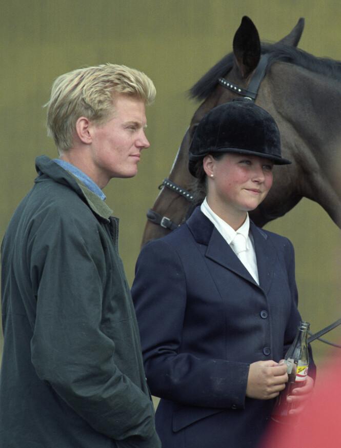 NUMMER TO: Märtha Louise ble i 1991 sammen med BI-studenten Per Gunnar Haugen. De gikk offisielt sett fra hverandre i 1994. Her er de fotografert på et ridestevne i Sarpsborg. Foto: Jon Eeg / NTB scanpix