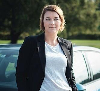 DÅRLIG IDÉ: Generalsekretør i Norsk Elbilforening, Christina Bu, mener insentivene må bestå. Foto: Norsk Elbilforening.