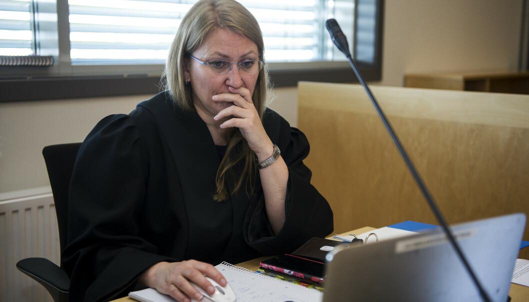 Statsadvokat Nina Grande i rettsalen før rettsaken mot mannen som er tiltalt for drap på 13 år gamle Sunniva Ødegård starter i Jæren tingrett i Sandnes. (Foto: Carina Johansen / NTB Scanpix)
