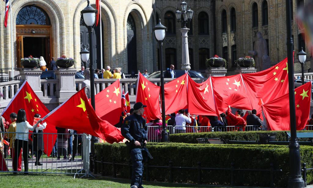 Kinesisk støtte: Lederen og representanter fra den kinesiske Folkekongressen besøker Norge. Onsdag ettermiddag er de på Stortinget i Oslo. Foto: Ryan Kelly / NTB Scanpix