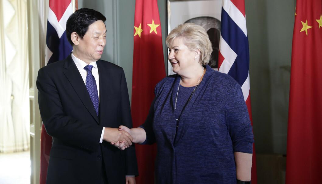 Kinas tredje mektigste til Erna Solberg: - Jeg vil takke deg