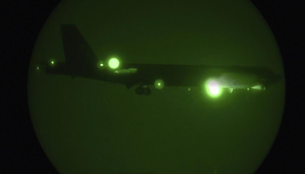 <strong>PÅ VEI:</strong> Dette B-52-bombeflyet er en del av flåten som er på vei til Persiabukta som et svar på uspesifiserte trusler fra Iran. Nå mener New York Times å vite hva «trusselen» er. Foto: AP / NTB Scanpix