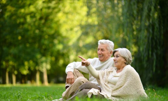 YNGRE ENN FØR? En studie på gripestyrke hos eldre viser at 80-åringene har gripestyrken forrige generasjons 75-åringer, men forskningen på eldre og helse er sprikende. FOTO: NTB Scanpix