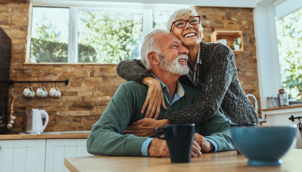 <strong>LYKKE:</strong> Lykkeforskningen sier at lykken går i en u-kurve, og at vi har det verst når vi er rundt 40 før det går oppover igjen. FOTO: NTB Scanpix